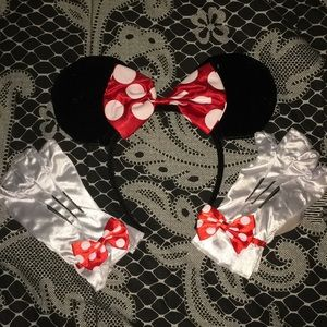 Minnie Mouse costume parts